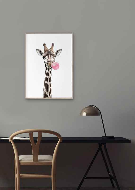 Bubblegum Giraffe-2
