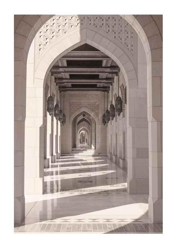 Courtyard Walkway-1